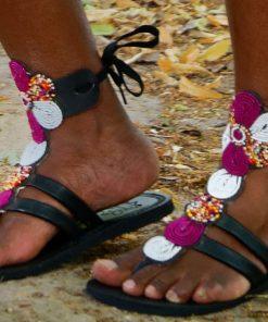 "ALT:""Sandales massai en perles"""